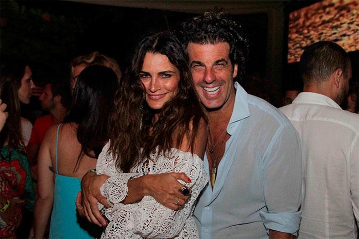 Trancoso! Álvaro Garnero e Fernanda Motta badalam na Bahia