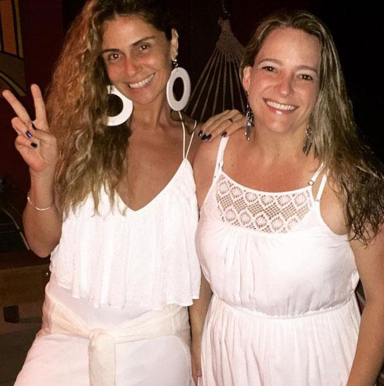 Giovanna Antonelli abre mão da maquiagem em comemoração
