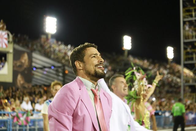 Mangueira leva o título do Carnaval 2016 no Rio.