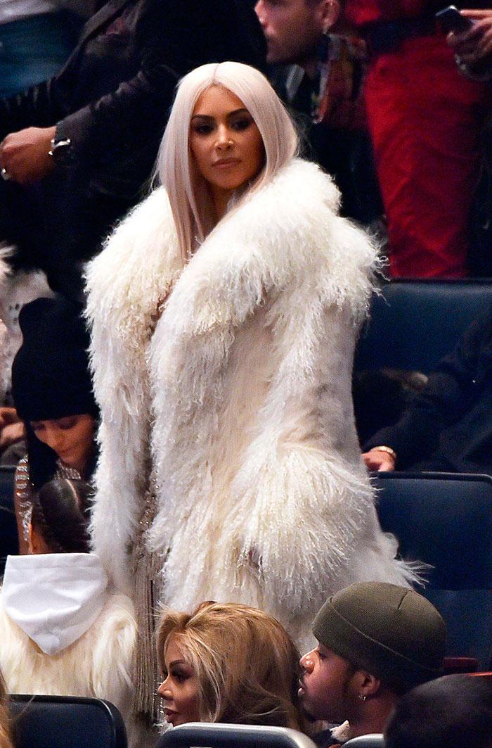 Deusas! Kardashians brilham em desfile de Kanye West