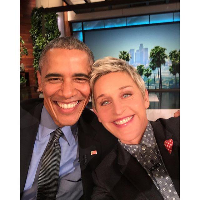 'Selfie com o chefe', diz Ellen DeGeneris sobre Barack Obama