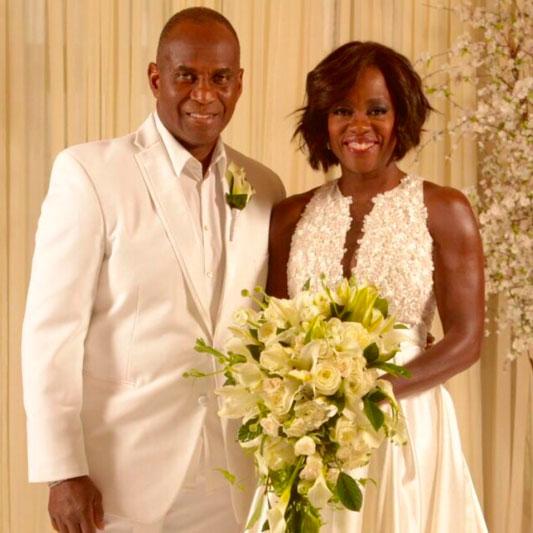 Viola Davis e o marido renovam votos em cerimônia