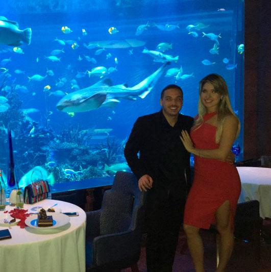 Wesley Safadão e Thyane Dantas 'jantam' com tubarões. Veja!
