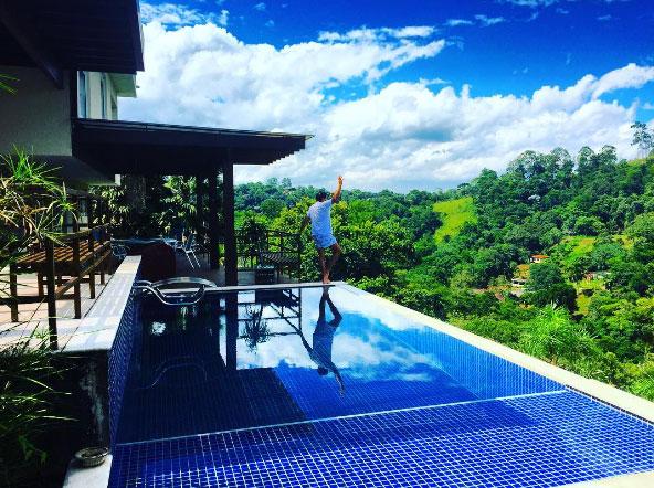 Geraldo Luís deixa fãs babando ao mostrar a casa onde vive
