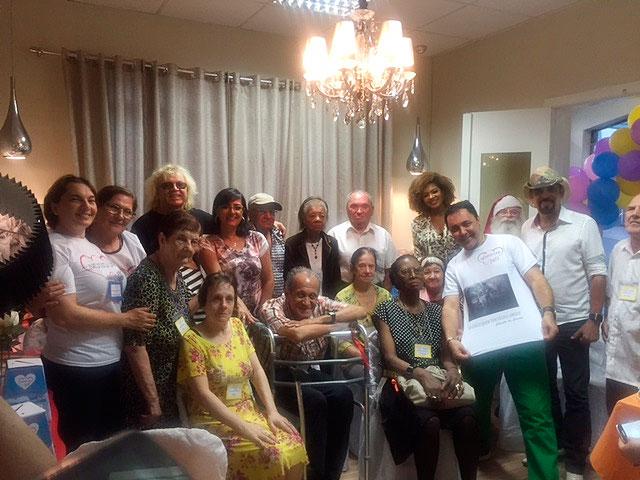 Julinho do Carmo realiza chá da tarde para idosos
