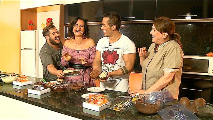 Faa Morena faz ovos de Páscoa com Hugo e Tiago em programa