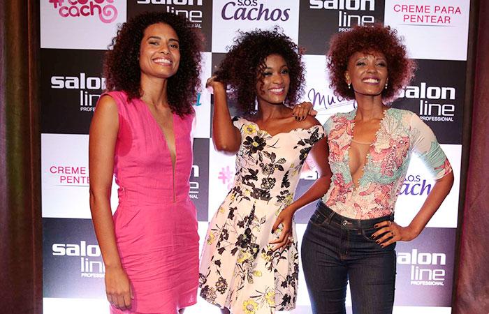 Erika Januza e Isabel Fillardis esbanjam beleza em evento