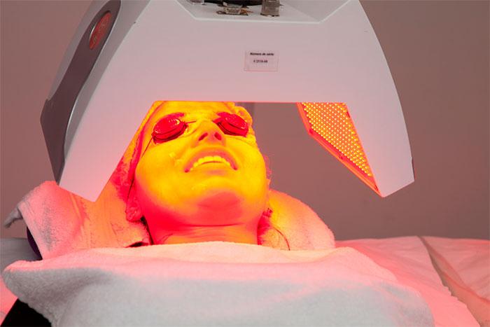 Vanessa Mesquita realiza novo procedimento facial. Confira!