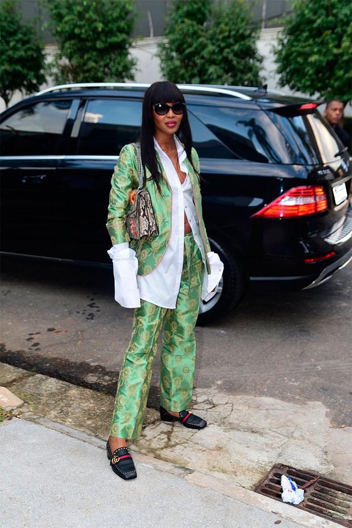 Look de Naomi Campbell para festa chama atenção