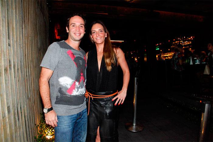 Marco Luque reúne famosos para aniversário de 42 anos em SP