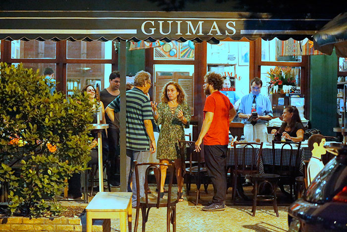 Cissa Guimarães comemora seu aniversário de 59 anos