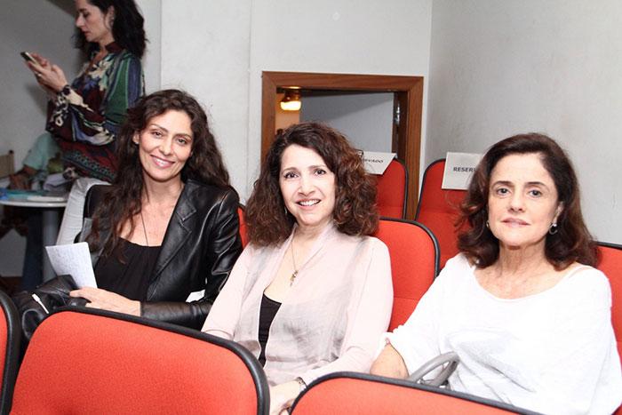 Maria Fernanda Cândido faz leitura de peça, no Rio
