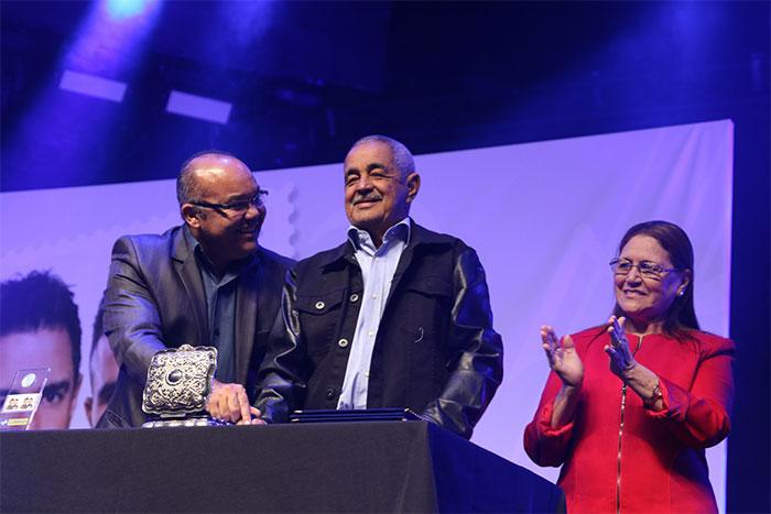 Zezé Di Camargo & Luciano comemoram 25 anos de carreira