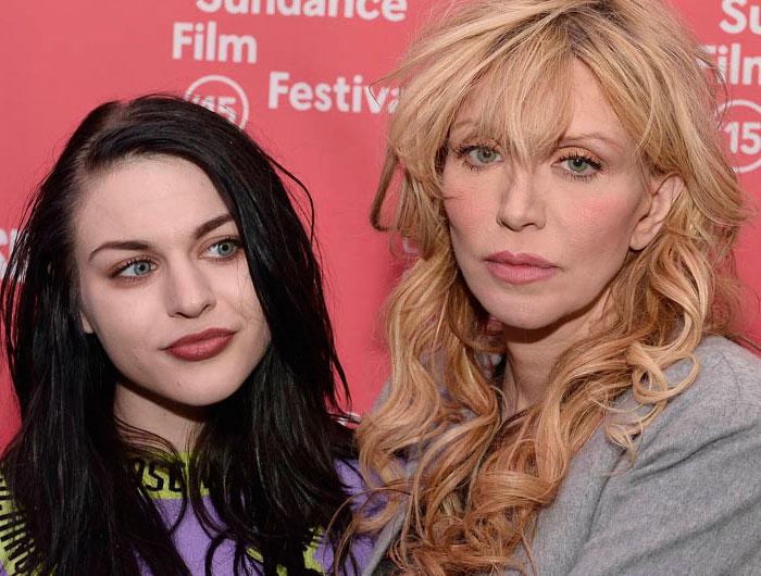 Veja famosas que têm relacionamento conturbado com as mães