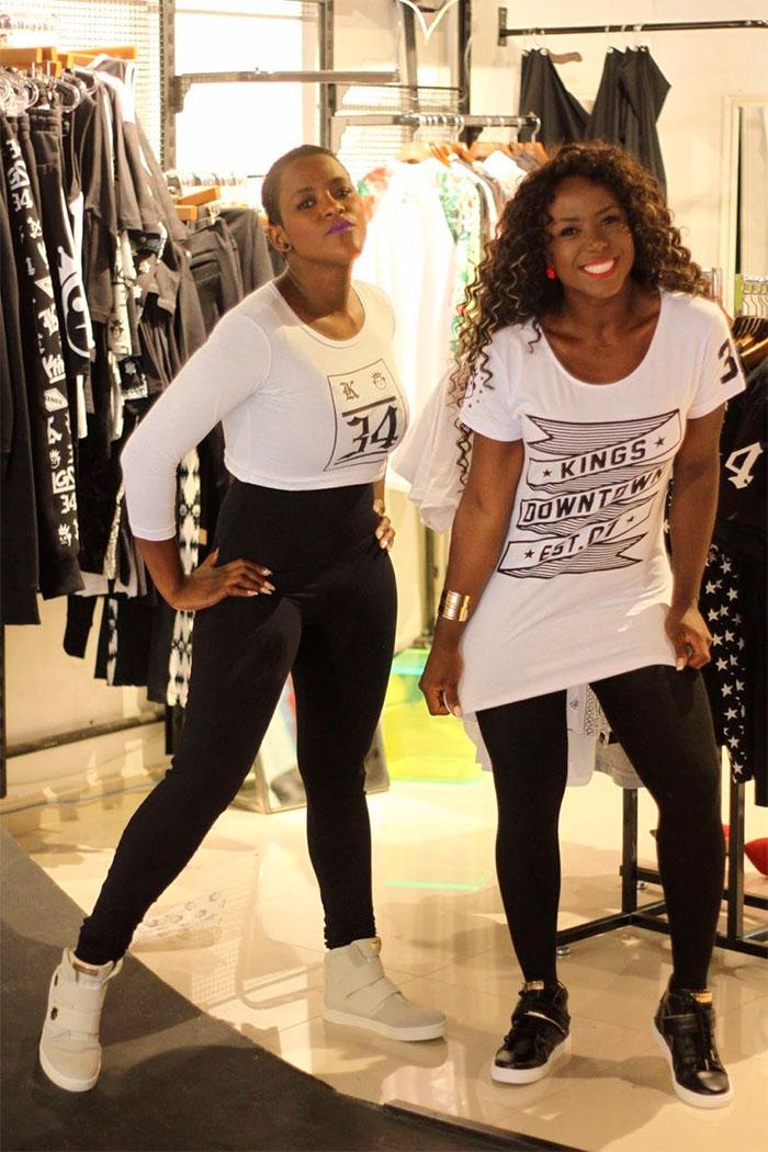Ex-bbb's Adélia e Angélica Ramos posam para marca de roupas