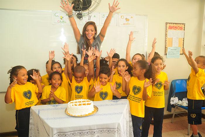 Carol Nakamura escolhe a LBV para 1ª festa de aniversário