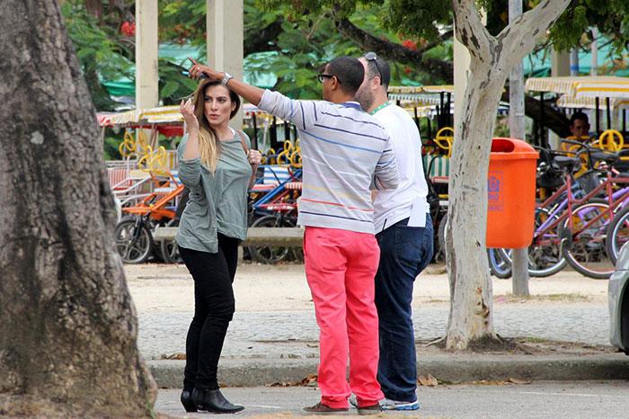 Angélica grava programa com Cleo Pires