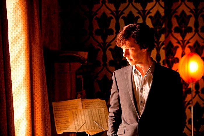 A premiada série Sherlock vai estreiar na TV Cultura