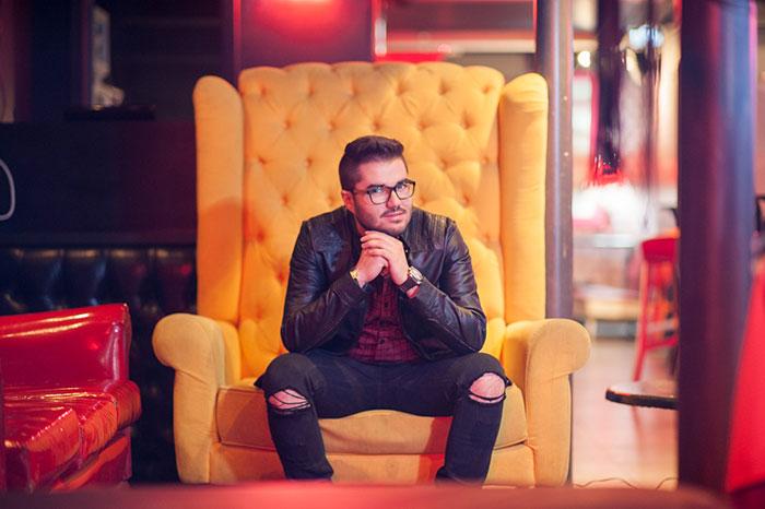 Gabriel Farias bomba com música autoral