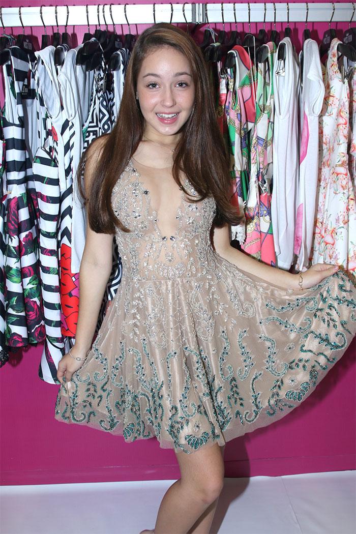 Larissa Manoela agita evento de moda infanto juvenil