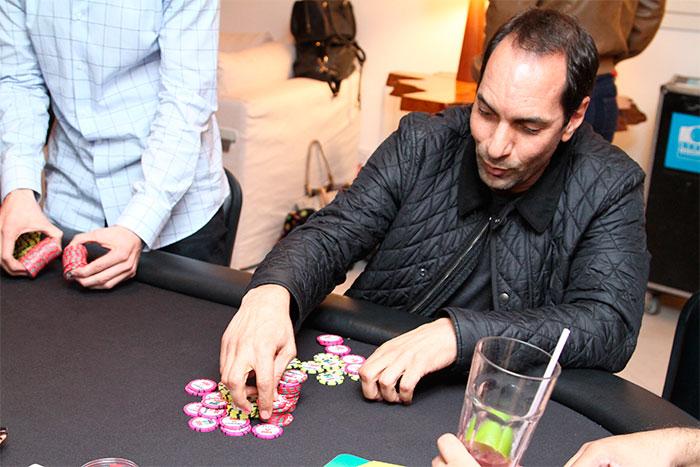 Ronaldo Fenômeno promove evento de poker com caráter social