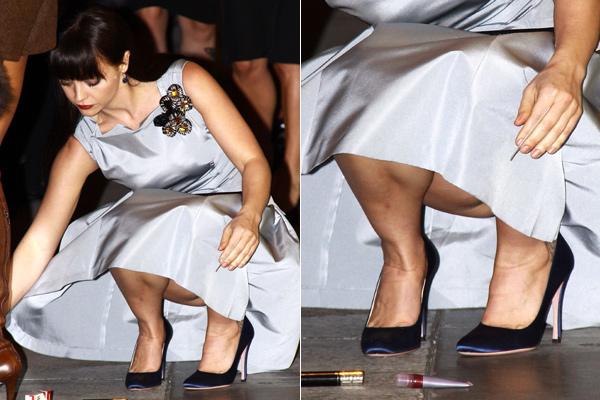 Debaixo do vestido das gostosas na festa festival de bundas e calcinhas - 3 4