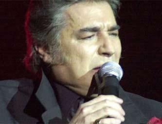 Morre na argentina cantor que fez transplante de cora o e for Noticias famosos argentina