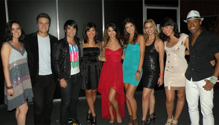 Jullie encontra selena g mez na argentina ofuxico for Noticias famosos argentina