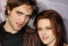 Robert Pattinson e Kristen Stewart deixam casa em Los Angeles -