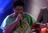 BBB13: Ellen Oléria, do The Voice, anima a festa dos brothers -