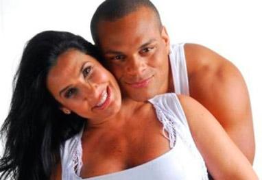 Tony Salles diz que traiu Scheila Carvalho durante curta separação - Reprodução / Rede Record