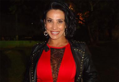 Scheila evita falar sobre traição do marido e pede respeito ao seu momento - AgNews