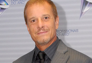 Marcello Novaes que fazer personagens com sua idade real: 51 anos