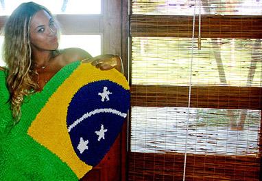 Beyoncé dá uma de turista em Trancoso. Confira as fotos! - Reprodução