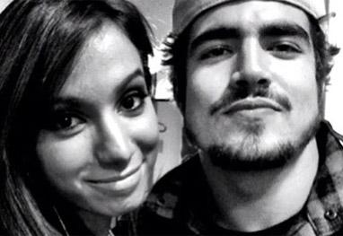 Caio Castro vai gravar clipe com Anitta, diz jornal - Reprodução