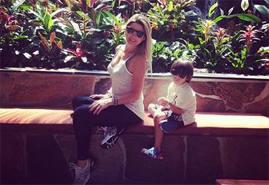 Mari Alexandre passeia pela Disney ao lado do filho - Reprodução Instagram