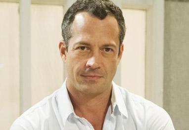 Malvino Salvador está de namorada nova - Divulgação/TV Globo/Cynthia Salles