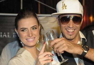 Casamento de Latino vai custar mais de R$ 1 milhão, diz jornal - AgNews