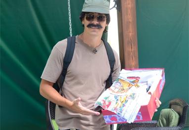 Rodrigo Faro vende pano de prato em farol - Antônio Chahestian/Record