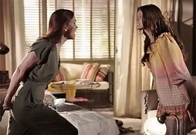 Em Família: Luiza não quer se afastar de Laerte e revolta Helena - Em Família/TV Globo