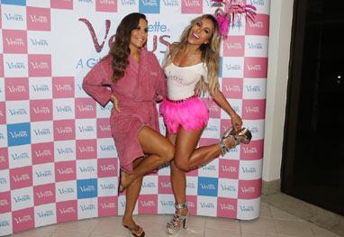Sabrina Sato e Ivete Sangalo exibem os pernões na abertura do Carnaval de Salvador - Foto Rio News/Manuela Scarpa