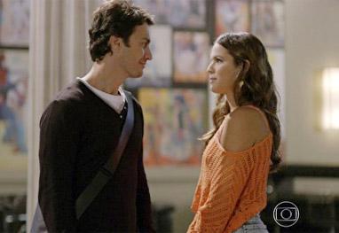 Em Família: Após briga, Laerte e Luiza dão um tempo - Em Família/TV Globo