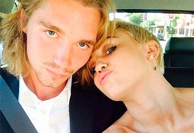 Sem-teto Que Miley Cyrus levou parágrafo Premiação E PROCURADO Pela Polícia - Reprodução / Instagram