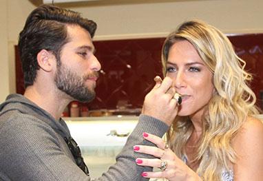 Bruno Gagliasso dá sorvete na boca de Giovanna Ewbank: 'Meu pecado' - AgNews e  Manuela Scarpa/Photo Rio News