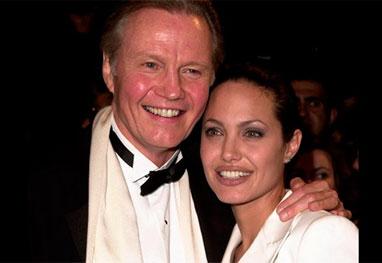 Pai de Angelina Jolie não foi convidado para o casamento da filha  - Getty Images