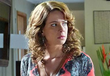 Império: Imprensa descobre que Cristina é filha do comendador - Império / TV Globo