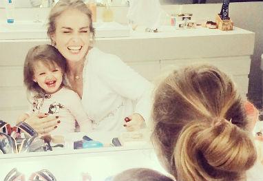 Angélica dá os parabéns à filha, Eva - Reprodução/Instagram