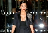 Kim Kardashian abusa do decote em festa da Vogue em Paris -