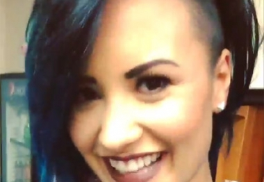 Demi Lovato radicaliza no visual