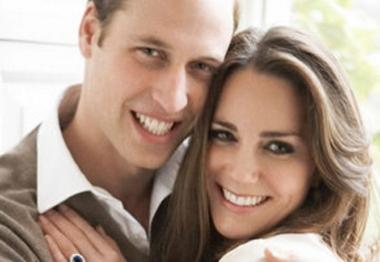 Príncipe William pede ajuda a parteira no caso de enjoos de Kate Middleton